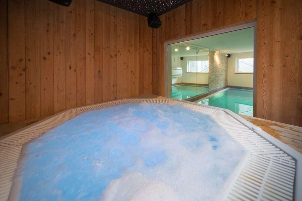 Hot tub in Chalet Artemis