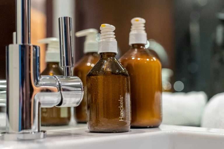 Athena bathroom - Haeckels toiletries